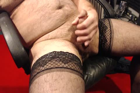 I Love To jerk off In My Nylons. Love To Wear them In sexual Encounters As Well.