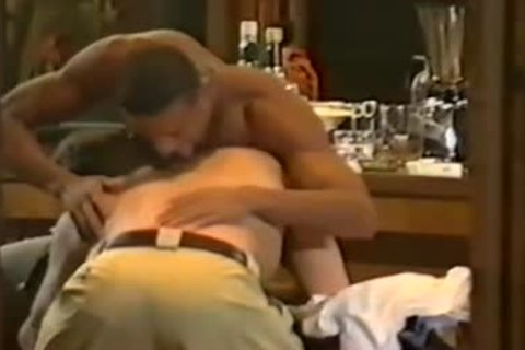 My All Time much loved darksome Pornstar jointly With Tyler Johnson In An Interracial Scene Of Vintage Quaity : Great giving a kiss, Great Body.Gee Di