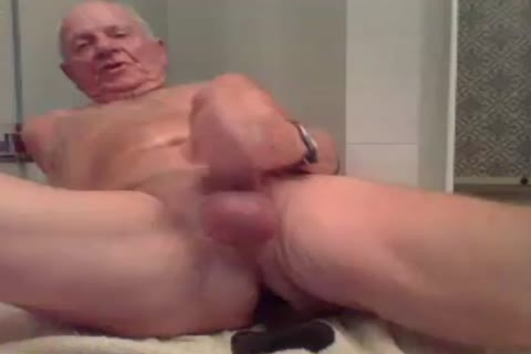 daddy man jerk off jerk off With  A sextoy In ass And cum