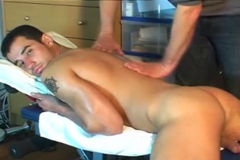 An innocent Delivery boy Serviced His big weenie By A boy In Spite Of Him!