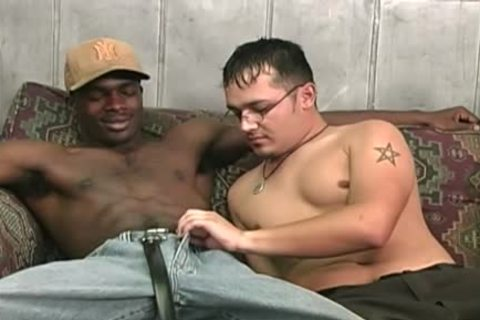 Hung black dudes Sharing A lustful White chap