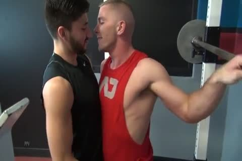 Barebacking In The Gym
