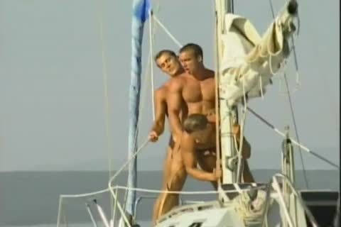 An Other homo Boat By Rambo?