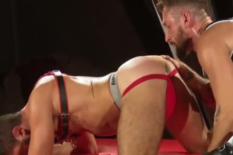 Muscle Bear Domination With ejaculation