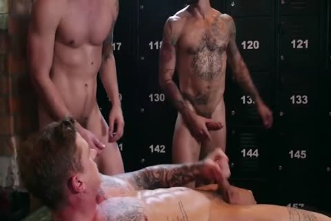three-4 8  Blowjobs And banging At The Spartacus