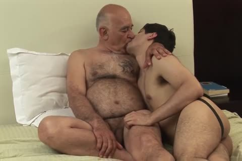 pounding With The old Teacher