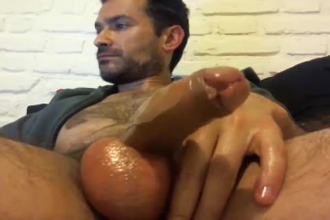 Oiled Up Daddy loves To wank Himself Off