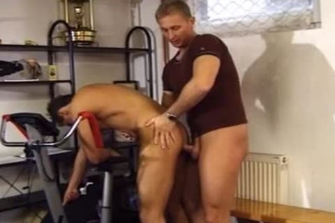 Two Buff dudes enjoy A kinky nail At The Gym