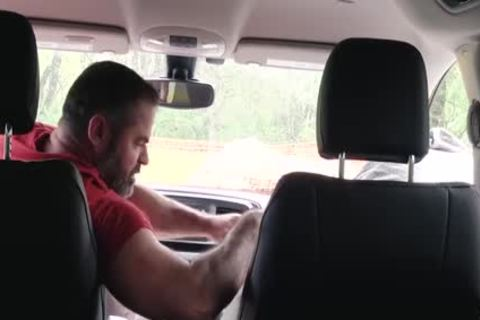 Muscle Bear dad plows guy In Car For Smoking
