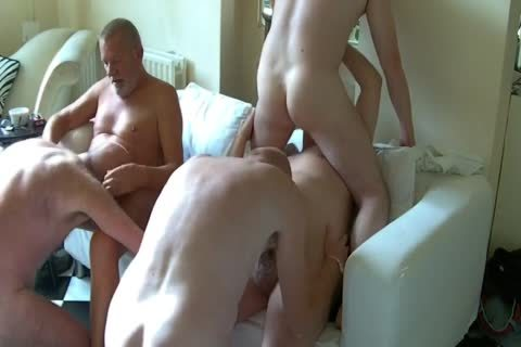 old man, older, Daddy, Abuelo, old chap, oral pleasure job