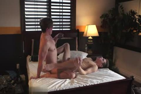 brunette twinks pooper Job With cumshot