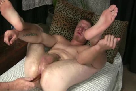 STREET lad'S butthole TAKES EVERTYTHING!!! Not Quite FISTED!!