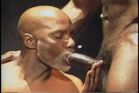All Worlds - Bobby Blake - filthy CHOCOLATE Sc01