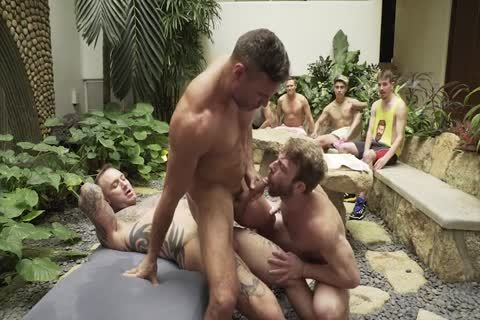 Outdoor enjoyment 3some