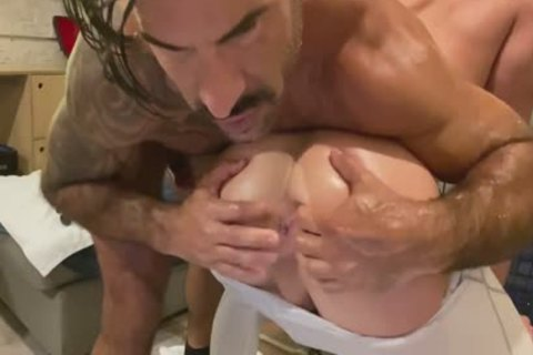 Super filthy Model receive nailed By A Daddy's giant cock