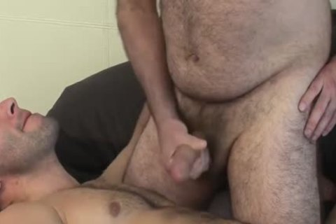 Ezequiel Daddy Love booty And Kisses